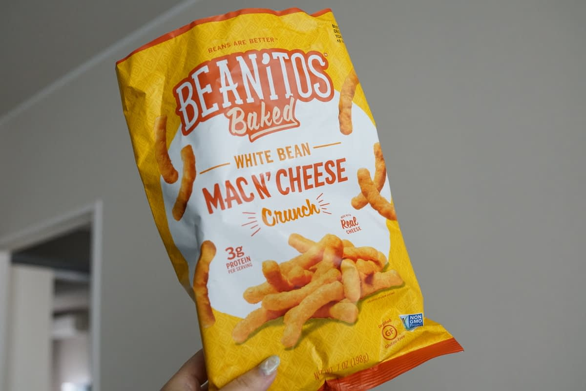 アイハーブおすすめグルテンフリー・トランス脂肪酸フリー・非遺伝子組み換えのお菓子 Beanitos ホワイトビーンクランチ マカロニアンドチーズ